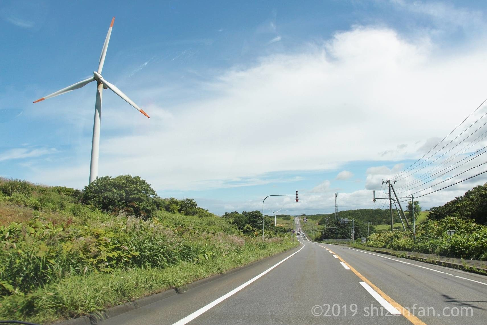 萌える天北オロロンルートと風車、日本海オロロンライン