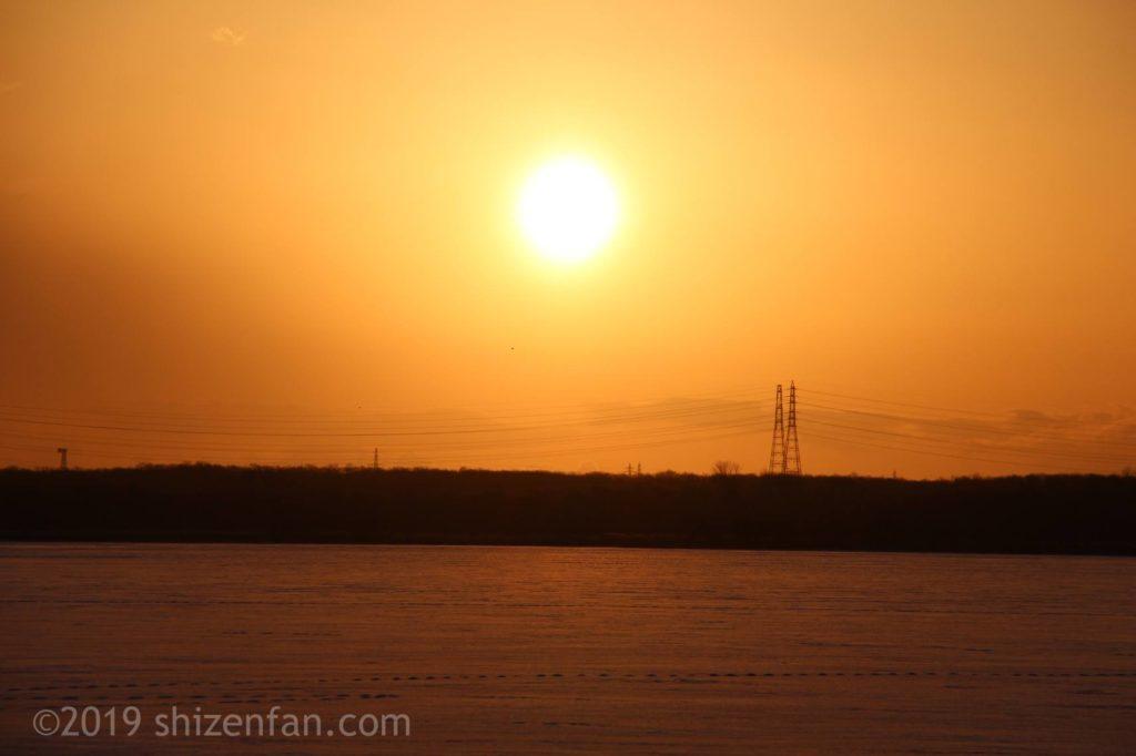 冬のウトナイ湖の朝日クローズアップ