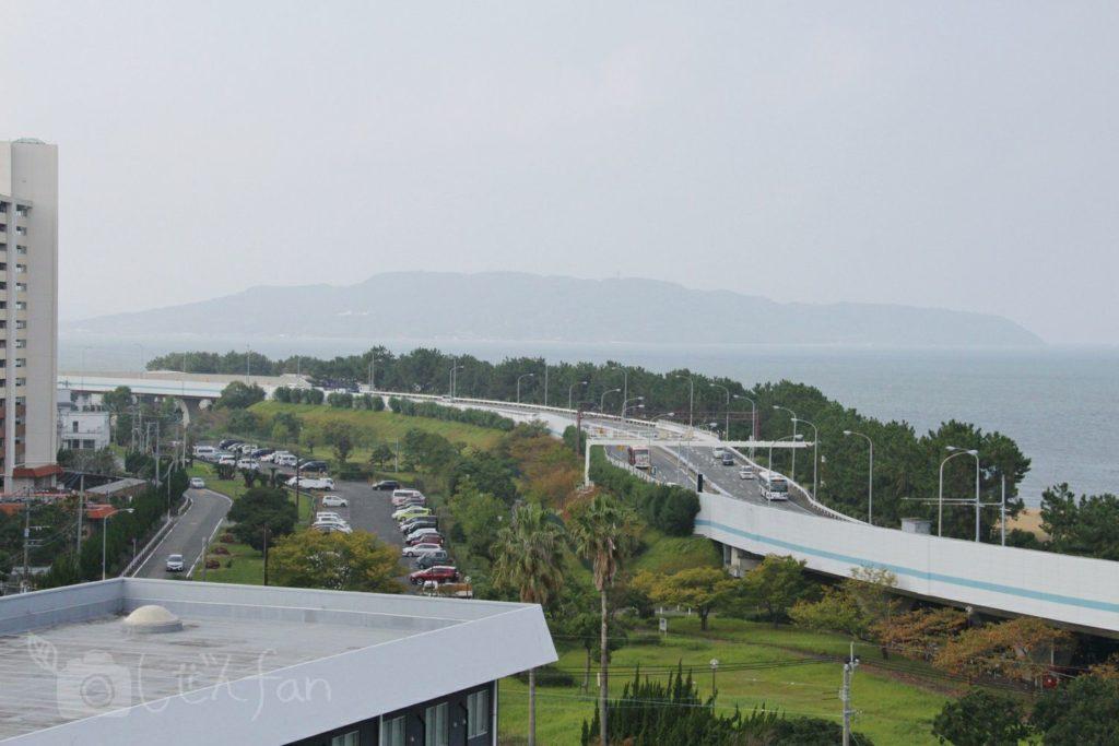 福岡西公園 西側展望広場からの能古島