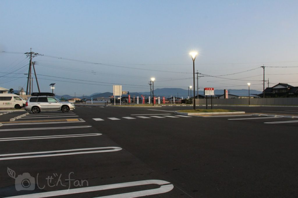 佐賀・道の駅しろいし 駐車場の様子