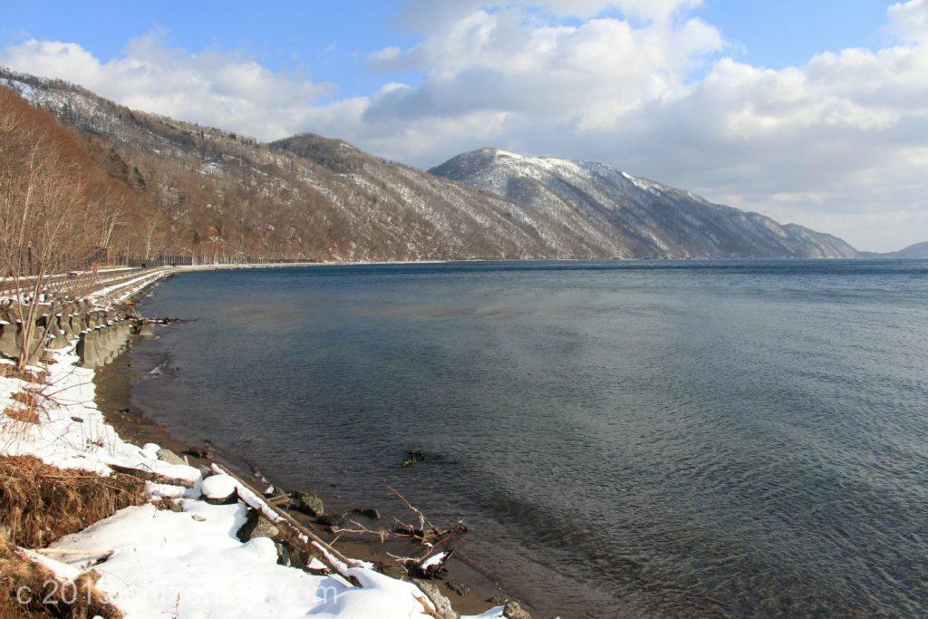 冬の支笏湖・ポロピナイ園地