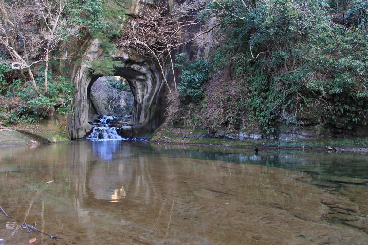 房総半島・亀岩の洞窟(2020年2月)