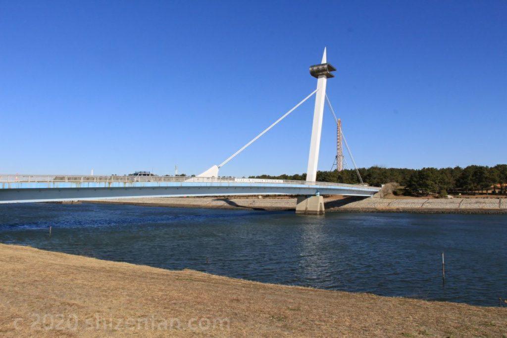 葛西海浜公園・葛西渚橋の全景