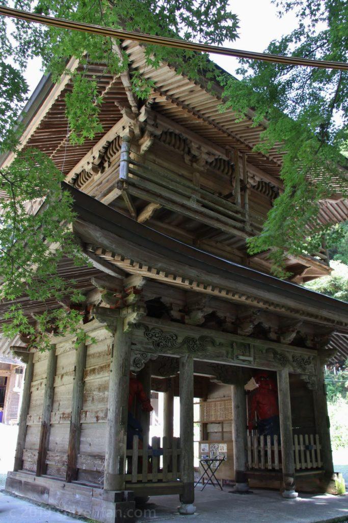 釈迦院の楼門