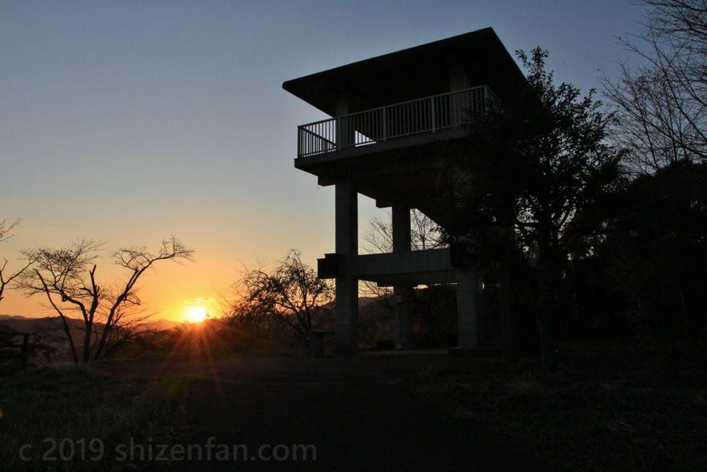 佐賀県小城市 千葉公園展望台と夕日
