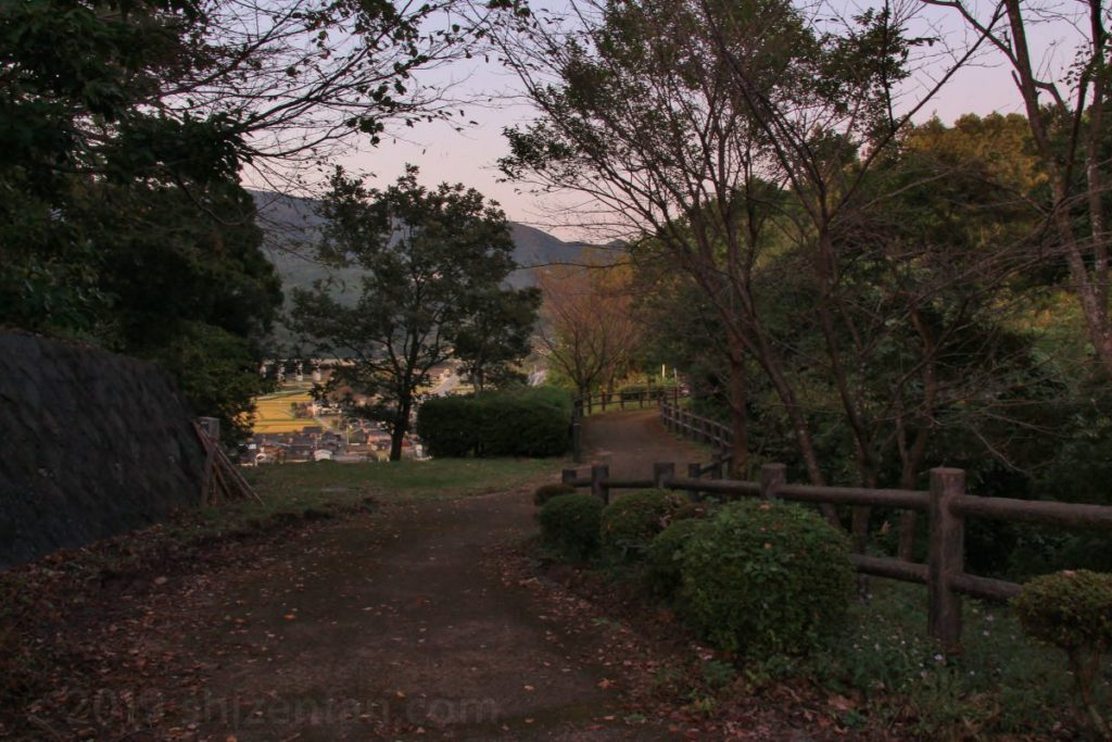 佐賀県小城市 千葉公園の遊歩道