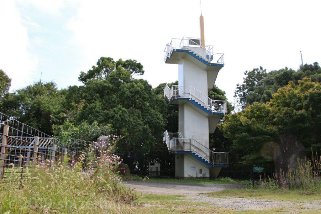 能古島展望台の外観