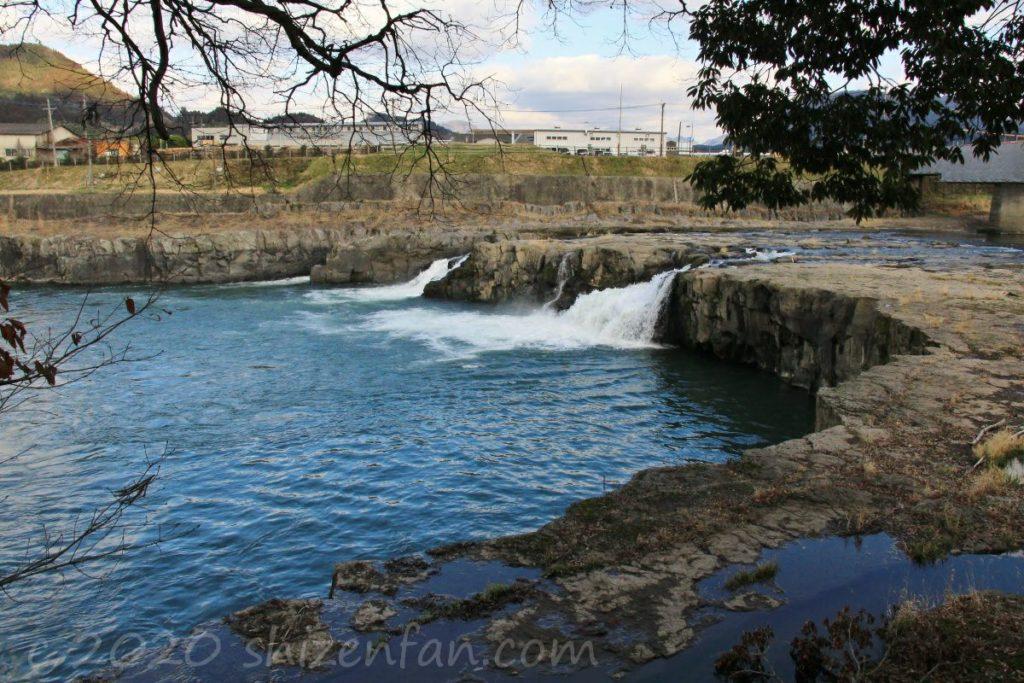 三日月の滝(玖珠町)