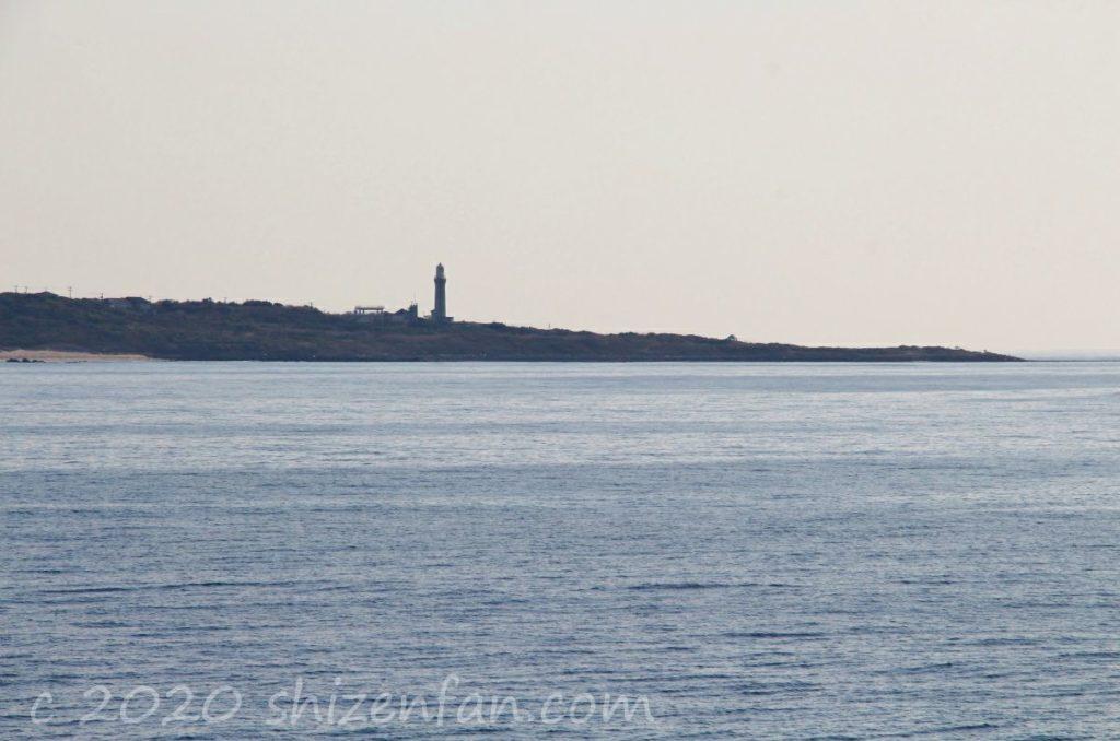 角島牧崎風の公園から望む夢崎・角島灯台
