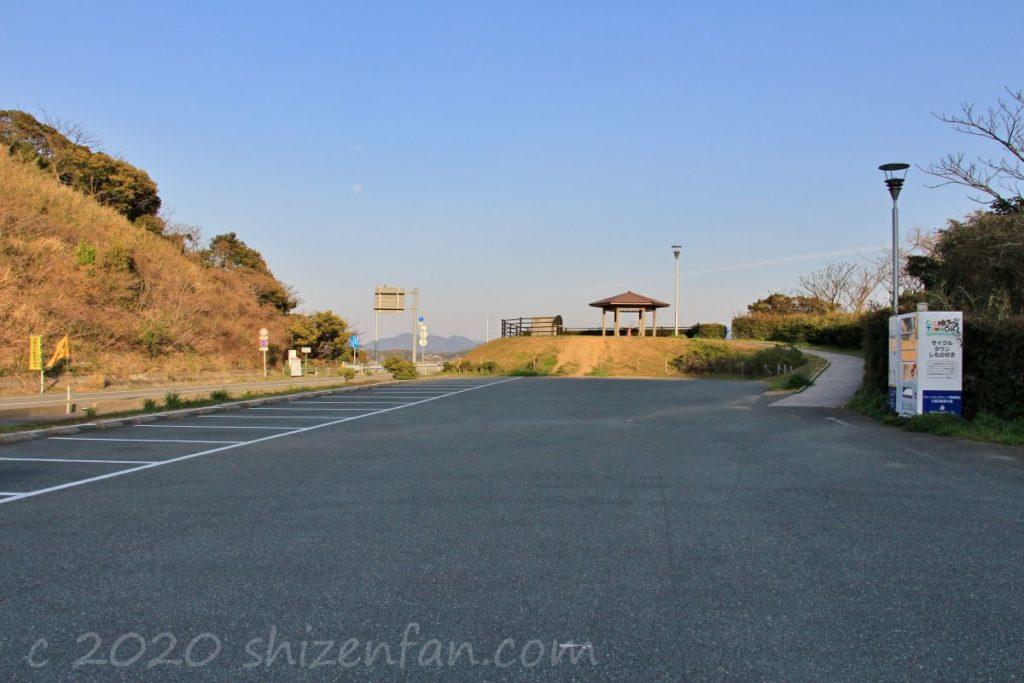 角島「瀬崎陽の公園」駐車場の様子