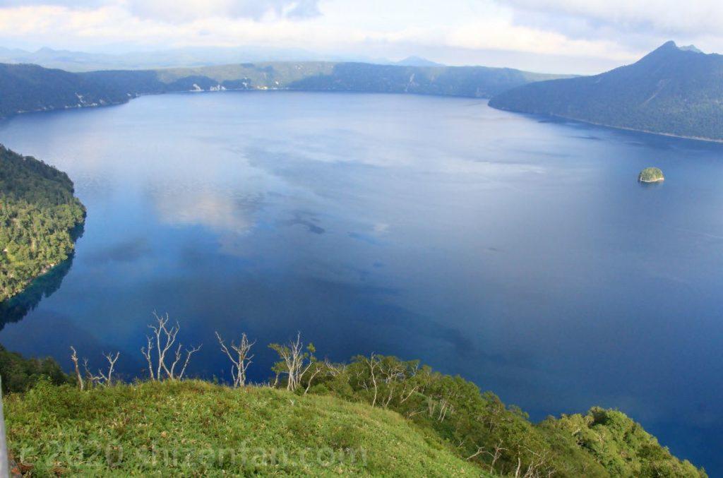 第三展望台より見渡す摩周湖(晴れ)
