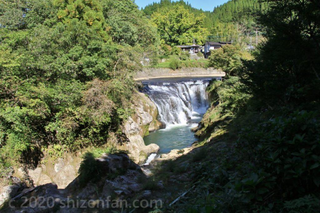 鍋釜滝(小国町)