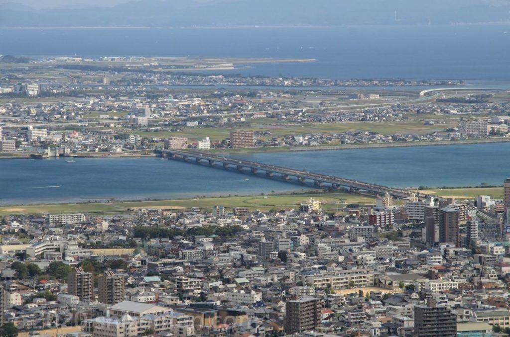 眉山頂上から望む吉野川橋
