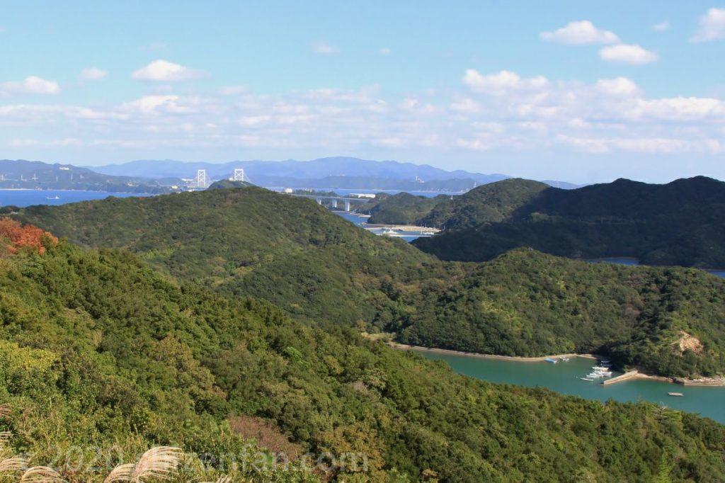 鳴門スカイライン・四方見展望台から見た大鳴門橋方面の眺望