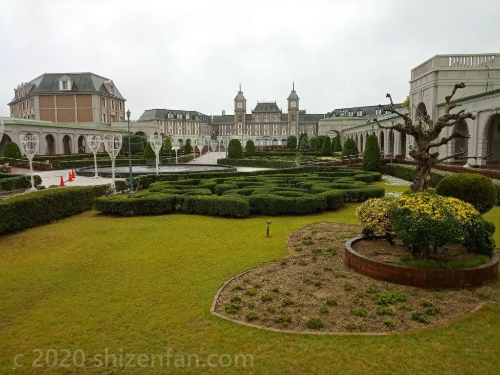 ホテル神戸フルーツフラワーの庭園