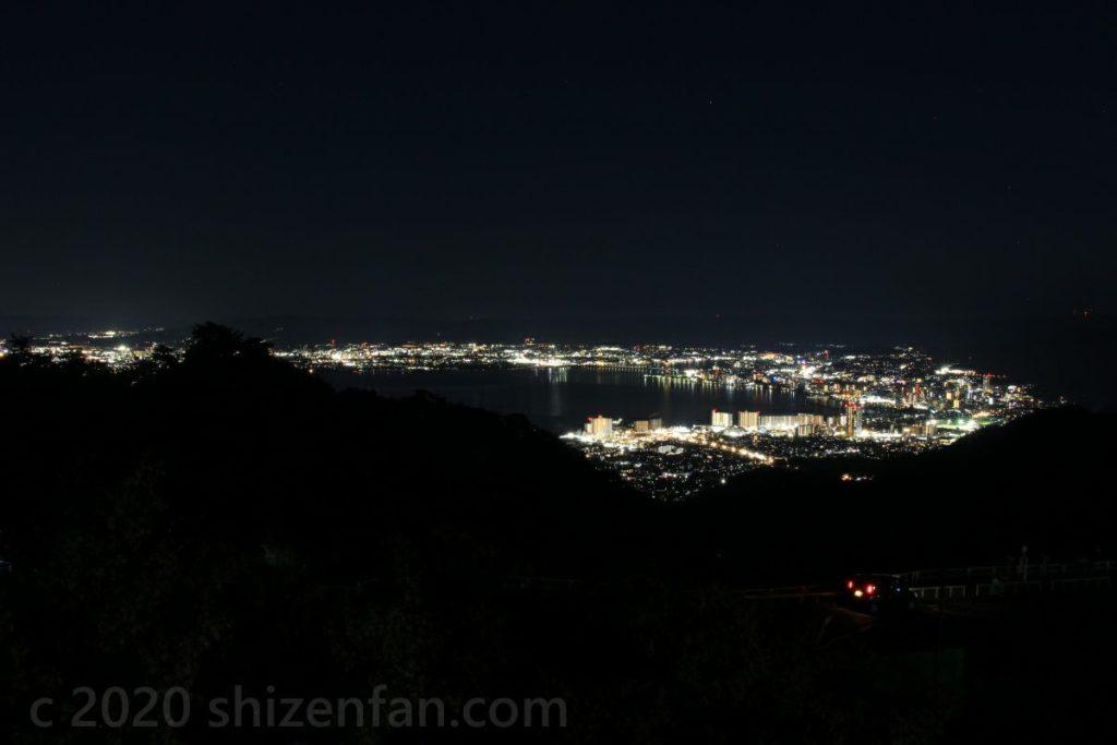夢見が丘から望む琵琶湖南部・大津の夜景