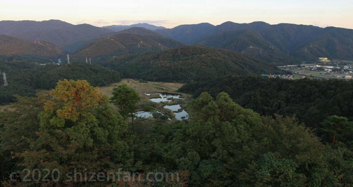 敦賀市手筒山展望台からの中池見湿地側の眺望(夕暮れどき)