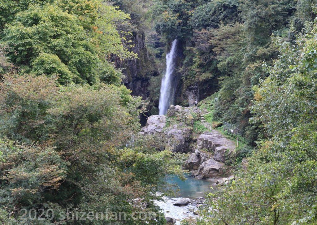 白山手取川ジオパーク綿ヶ滝遠景・全景
