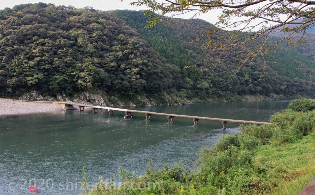 岩間沈下橋(修理中)