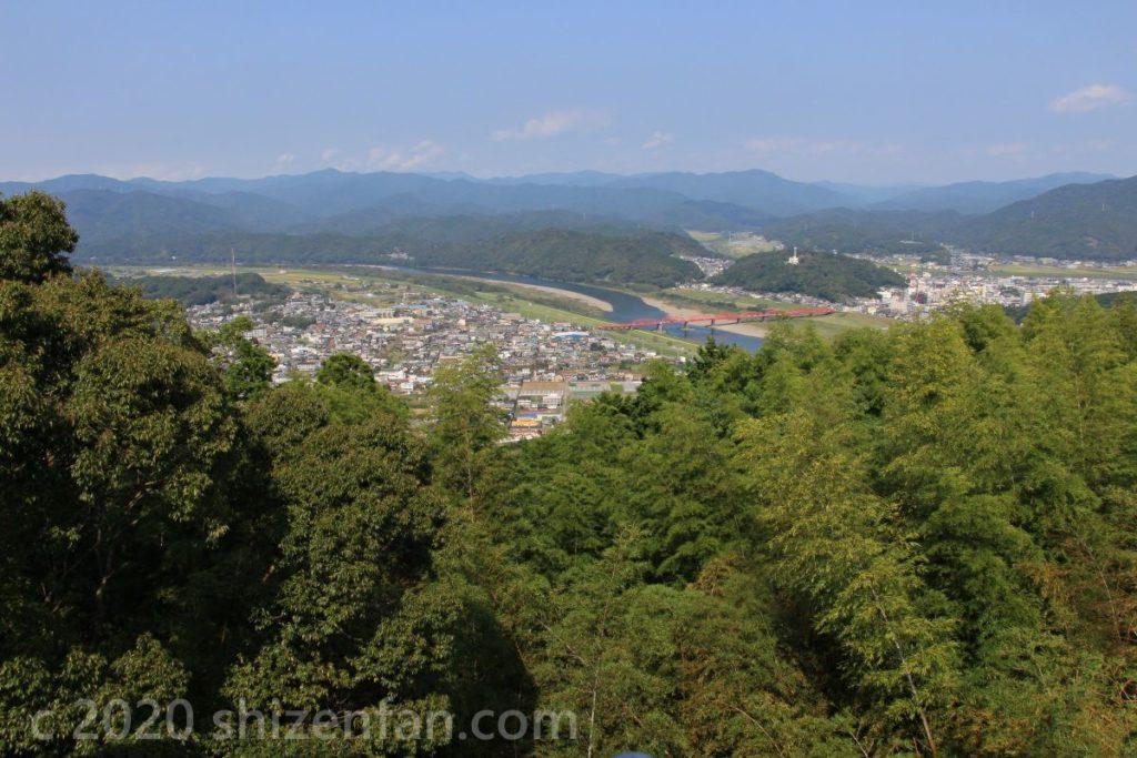 香山寺市民の森から見渡す四万十川