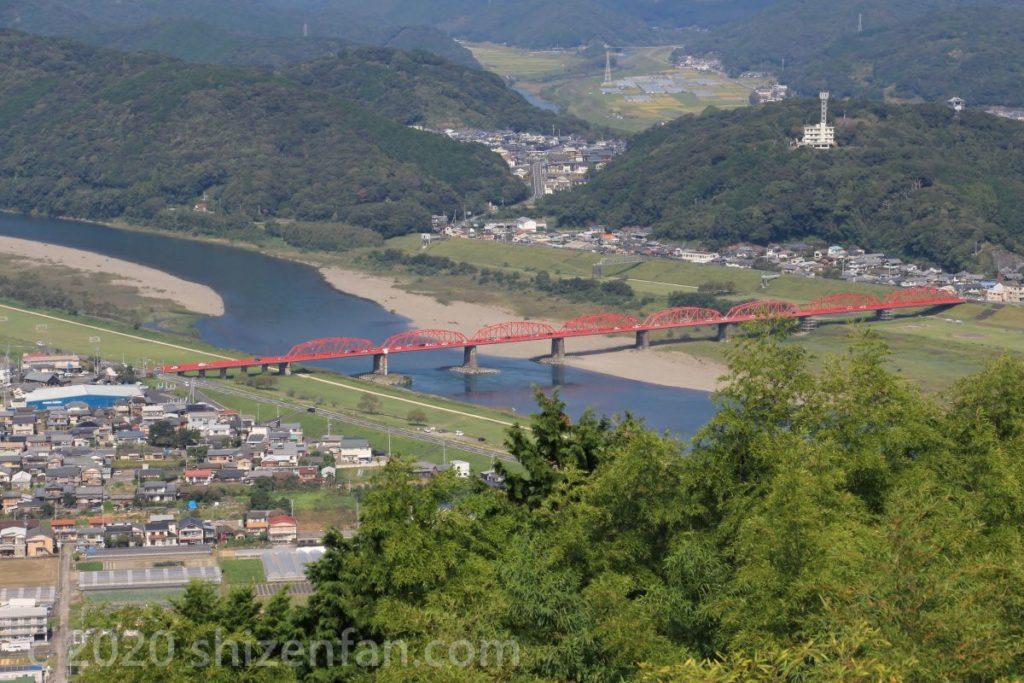 香山寺市民の森からの四万十川と渡川大橋