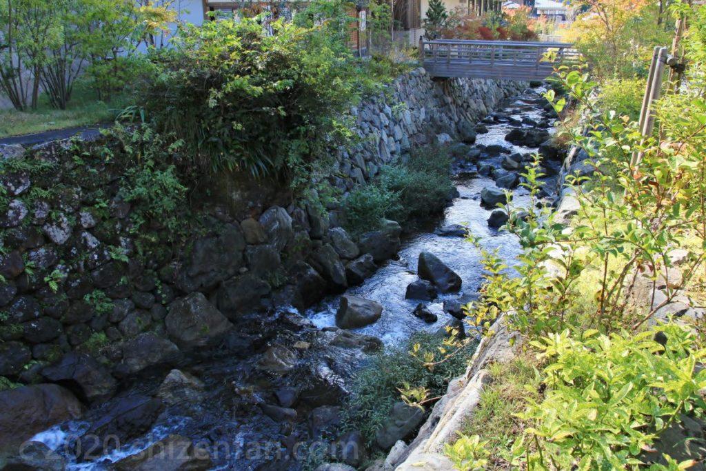 大本山永平寺門外参道の横を流れる川