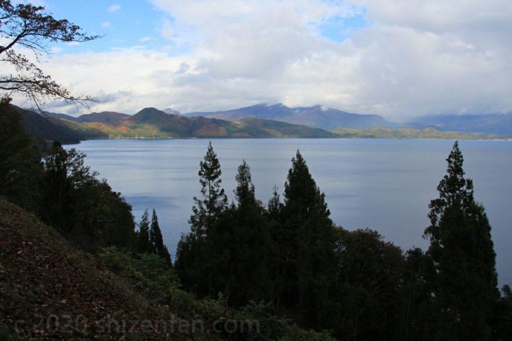 かたまえ山森林公園・田沢湖展望台からの眺め