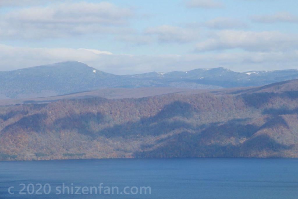 十和田湖発荷峠展望台からの眺め(八甲田山)
